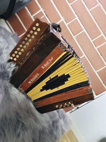 Heligonka Hohner drewniana C/F Antyk harmonia akordeon guzikowy