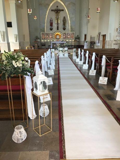 Dekoracja Biały dywan na ślub