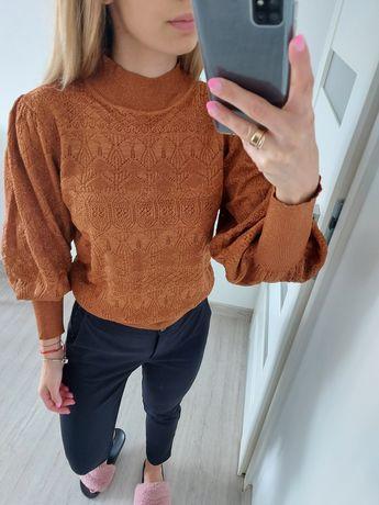 Sweterek damski uni