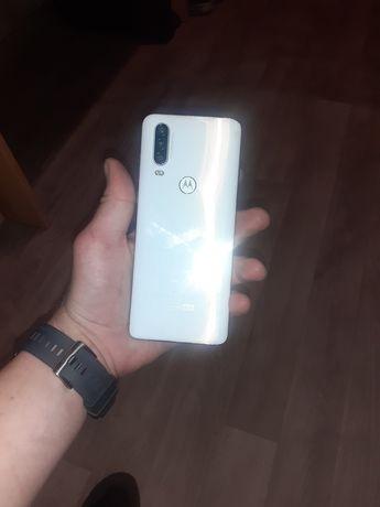 Sprzedam Motorola one action