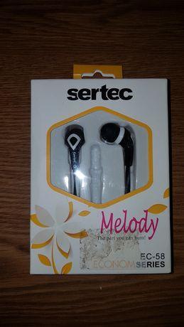 Наушники SERTEC   новые в родной коробке