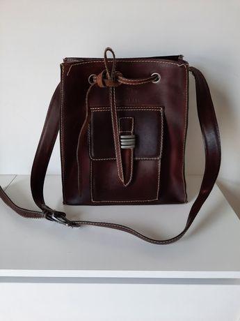 Bolsa couro castanha