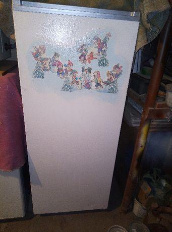 холодильник Донбасс в хорошем состоянии
