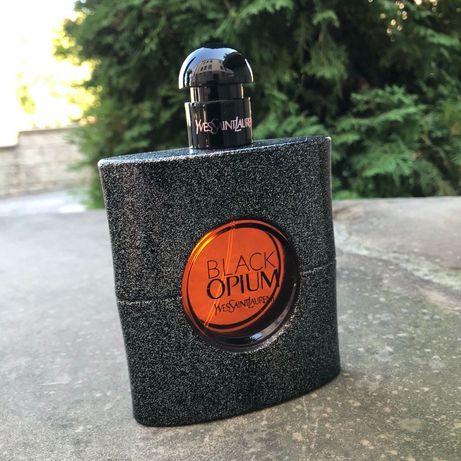 Парфюм Yves Saint Laurent Black Opium