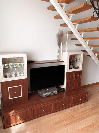Комод під телевізор, стінка у вітальню