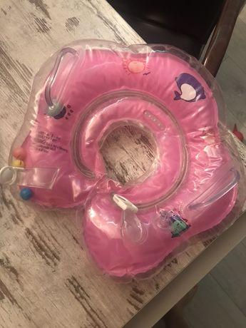 круг на шею для плавания новорожденых.