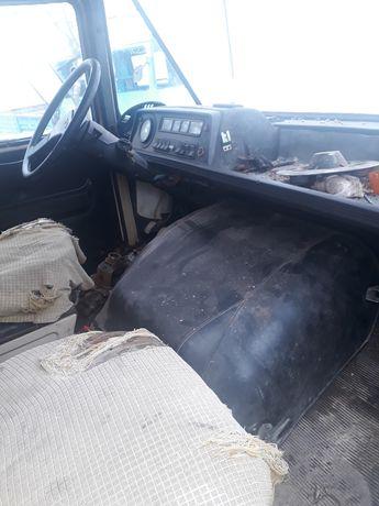 Żuk  pokrywa silnika tapicerki licznik szyby siedzenia