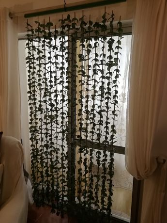 Cortina Multiusos c folhas e Bamboo, Nova 1,90x90cm pra casa ou Rua
