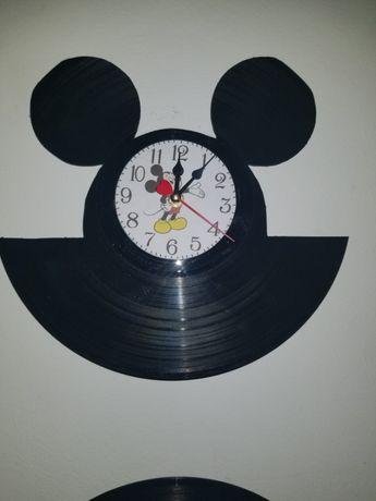 Relógio de Parede em Vinil - Mickey