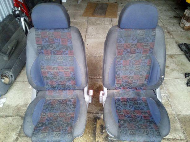 Fiat Punto GT - fotele przednie