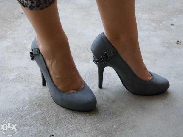 Sapatos n.º 36