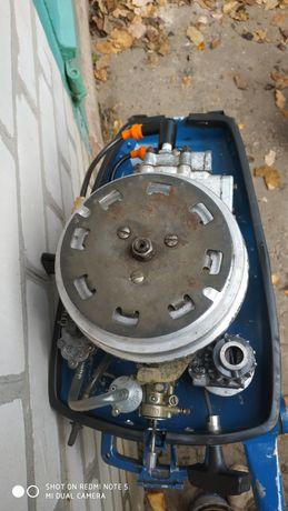 .Лодочный мотор Ветерок 8 м