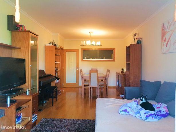 Apartamento T3+1 - SJ Madeira