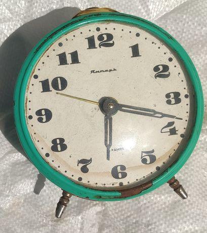 Часы Янтарь СССР, годинник, будильник
