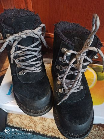 Продам тёплые ботинки