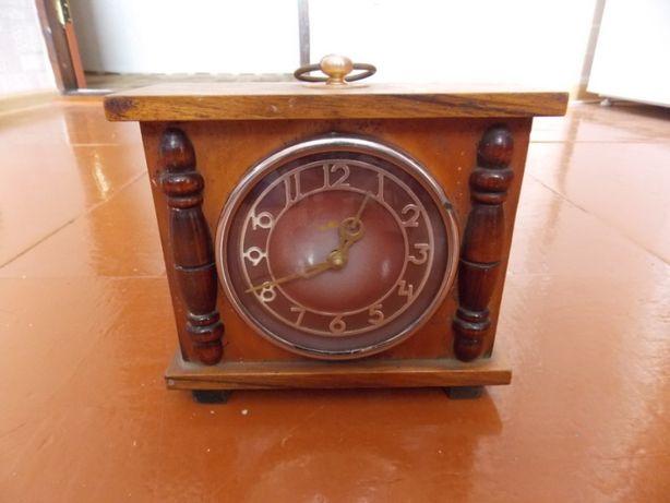 Часы настольные каминные Маяк. Годинник СССР