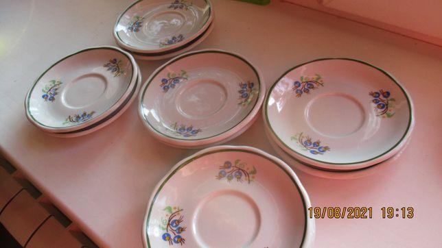 talerzyki małe  o srednicy 14 cm