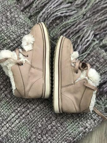 Zara,ботиночки,зимові