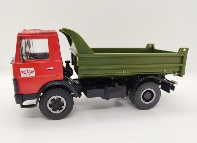 Модель 1:43 МАЗ 5551 Автолегенды грузовики
