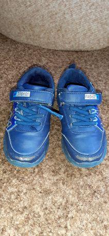 Кросовки для хлопчика 27розмір