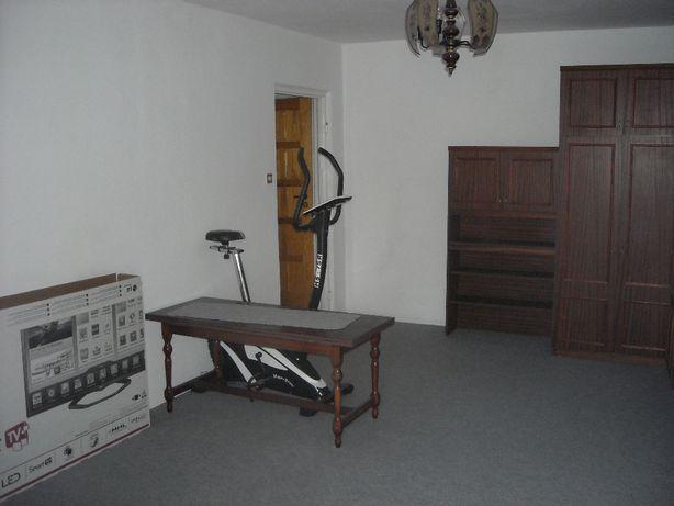 Mieszkanie Kawalerka z balkonem, osobną kuchnią i łazienką