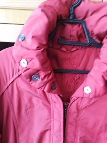 Женская куртка дкмисезонная
