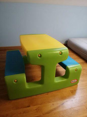 Stolik  po jednym dziecku