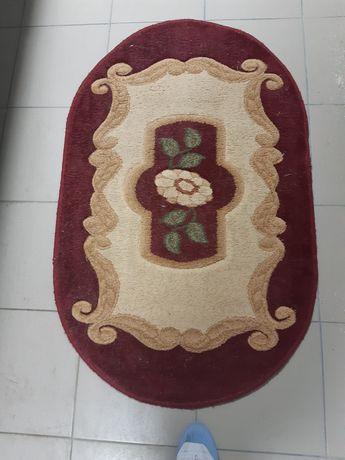 Продам килимок ковровий овальний