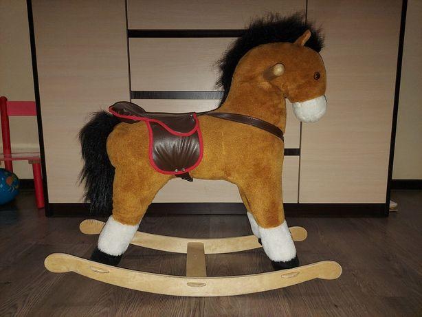 Лошадка для малышей