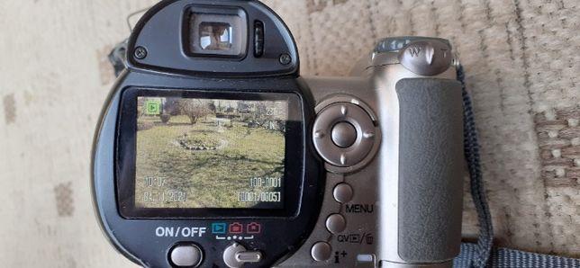 Japoński Cyfrowy Aparat Fotograficzny m-ki Konica-Minolta model N13656