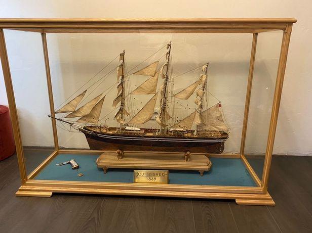 Модель корабля парусника Cutty Sark музейное качество ручная работа