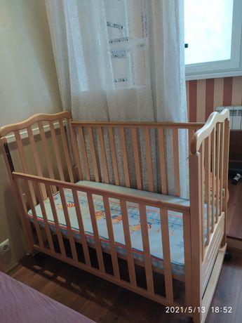 Кровать детская Верес Соня ЛД8 цвет бук с матрасом, бортиками.