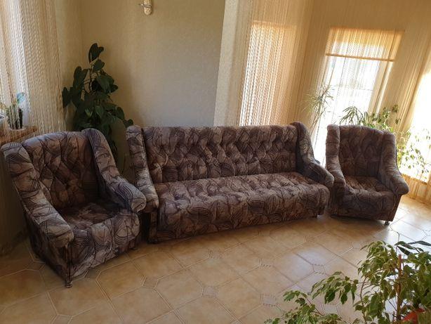 Диван + 2 крісла + 2 пуфіка