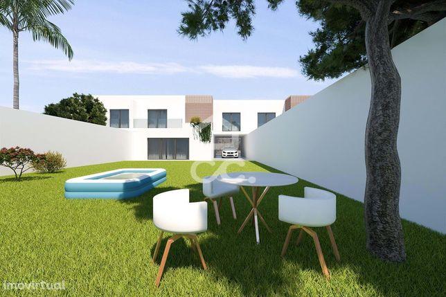 Lote nº 2 com 347m2, para construção de moradia unifamiliar | Tâmaras