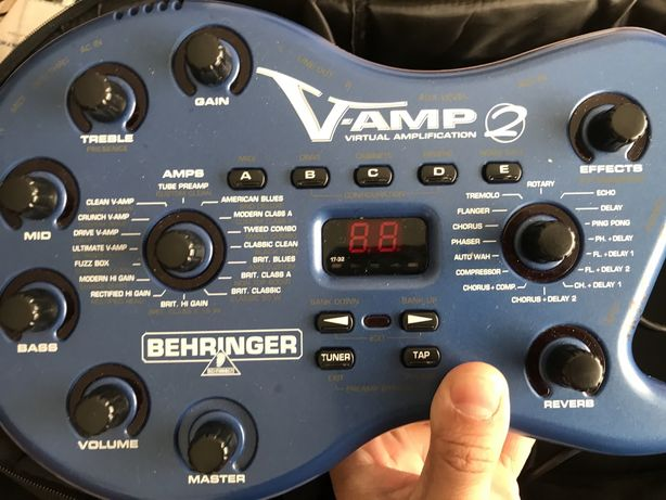 Behringer V - Amp 2