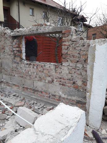 Gruz budowlany do oddania