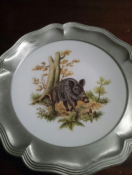 Порцелянова тарілка в алюміневій окантовці(німетчина)