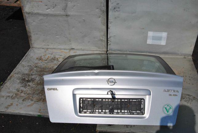 Klapa Opel Astra G