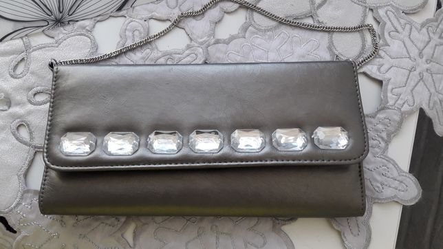 Kopertówka srebrnoszara,kamienie