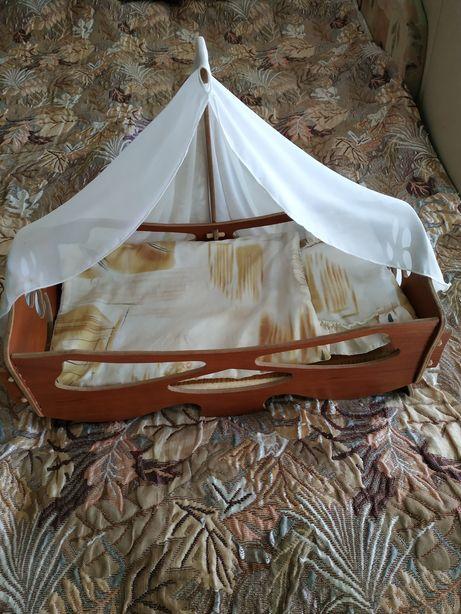 Детская деревянная кроватка+ матрац+подушечка и одеялко