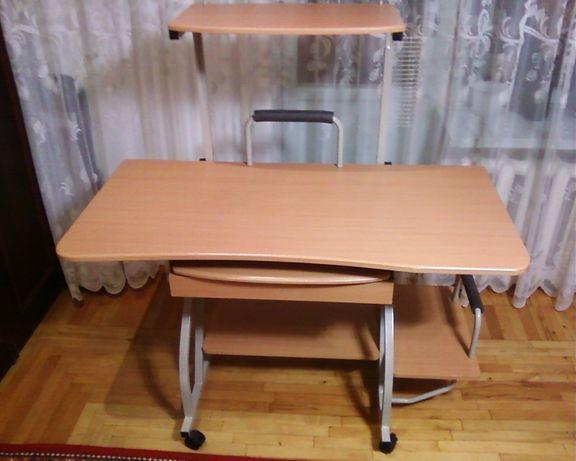 Стол компьютерный -письменный