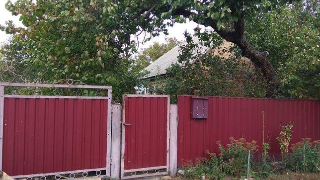 Будинок в смт Чорнухи