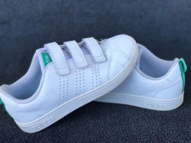 Buty dziecięce Adidas ADVANTAGE r. 34 BIAŁE 22, 5 cm