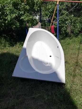 Ванна новая акриловая 1.7 x1.1угловая левая и правая.