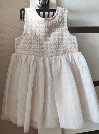 Нарядное красивое платье, 9-12 мес. Young Dimension