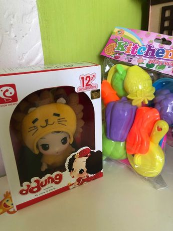 Колекційна кукла лялька Ddung подарунок