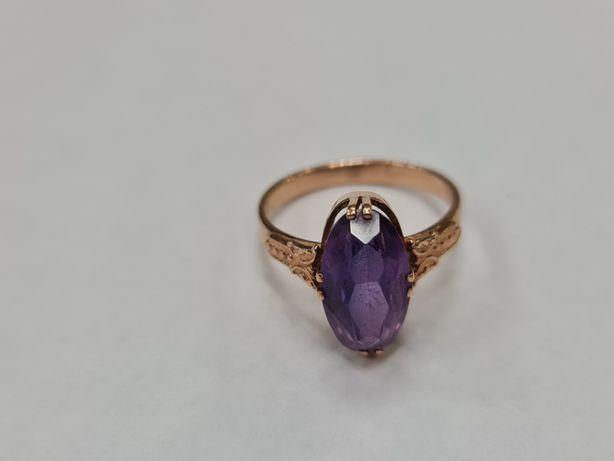 Wyjątkowy złoty pierścionek damski/ Radzieckie 583/ 4.26 gram/ R19