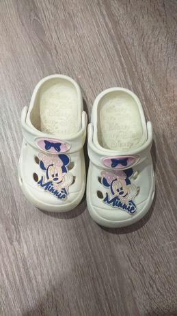 Кроксы  Minnie mouse 24р ,14,5 см по стельке