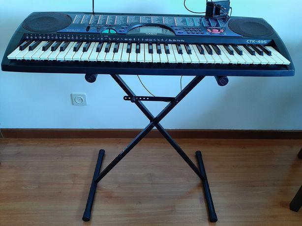 órgão piano Casio CTK-495