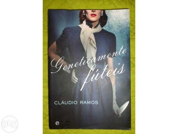 "Livros ""Genéticamente fúteis"" Claudio Ramos"